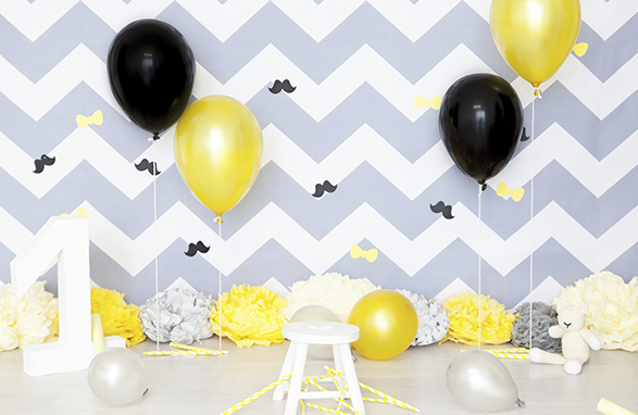 atelier-servicios-_0001_background-balloons-black-414706
